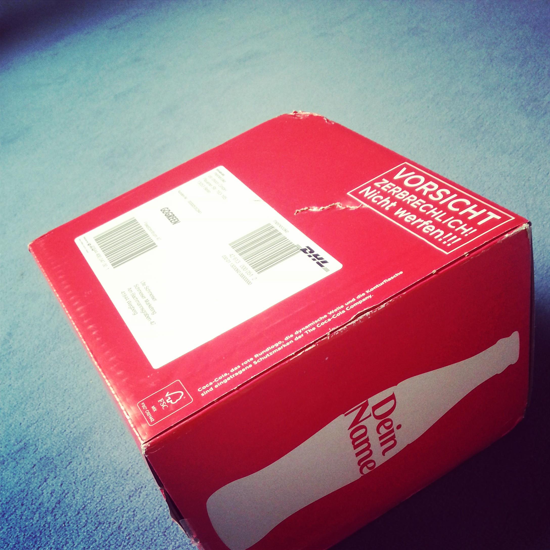 Coca Cola Paket kommt an
